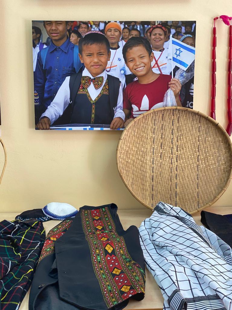 Tradycyjne obiekty Bnei Menasze na wystawie w Centrum Maani